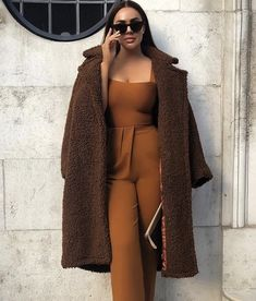 Boujee Outfits, Warm Outfits, Curvy Outfits, Classy Outfits, Fashion Outfits, Winter Outfits, Work Attire Women, Street Trends, Paris Mode