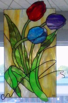 GlassLink is an art glass studio and education center in Fort Wayne, IN