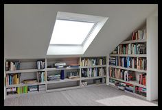 We love how this loft conversion creates a reading nook with loads of storage --- werkkamer-zolder-opbergruimte-boekenkast-slim-veluxraam-velux-licht Attic Bedroom Designs, Attic Bedrooms, Attic Design, Attic Renovation, Attic Remodel, Loft Room, Bedroom Loft, Loft Conversion Bedroom, Attic Conversion