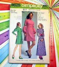 UNCUT Partridge Family - Susan Dey, Model - Vintage Simplicity 9625 Dress Pattern, Size 11 Junior Petite