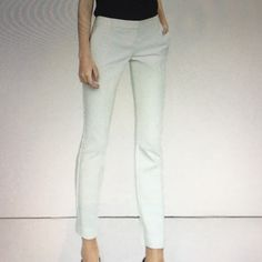 "Express Columnist Ankle Pants size 10Color Ivory The city -chic Columnist pants has sexy silhouette and modern,just below the waist fit Slim fit Zip fly,belt loops,slant hand pockets.Inseam 28"" .Machine wash. Color Ivory Express Pants Ankle & Cropped"