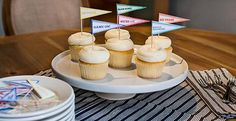 It's time for #MarchMadness! Decorate your cupcakes with our FREE printable toppers.
