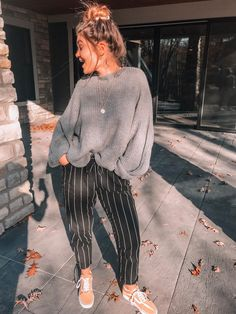 Casual Fall Outfits That Will Make You Look Cool – Fashion, Home decorating Looks Style, Looks Cool, Mode Outfits, Fashion Outfits, Womens Fashion, Fashion Trends, Woman Outfits, Baby Outfits, Fashion Ideas