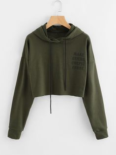 To find out about the Drop Shoulder Raw Cut Hem Crop Hoodie at SHEIN, part of our latest Sweatshirts ready to shop online today! Girls Crop Tops, Cute Crop Tops, Crop Top Hoodie, Cropped Hoodie, Hoodie Outfit, Sweater Hoodie, Hoody, Teen Fashion Outfits, Outfits For Teens