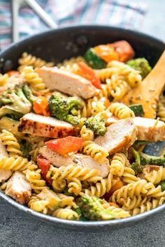 Easy Chicken Dinner Recipes, Yummy Pasta Recipes, Chicken Pasta Recipes, Healthy Pasta With Chicken, Vegetable Pasta Recipes, Chicken Noodles, Kid Recipes, Easy Dinner Recipes, Dinner Ideas