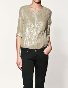 We just posted on Tumblr about daytime metallics. Let's start a movement! http://reinventmywardrobe.tumblr.com/post/12662749601/it-can-be-tough-wearing-metallics-besides