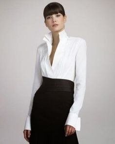 Donna Karan, the classic white shirt. Like this crisp modern shirt style, overall look elegant with understated sexiness. Work Fashion, Urban Fashion, Womens Fashion, College Fashion, Fashion Black, Petite Fashion, Latex Fashion, Emo Fashion, Curvy Fashion