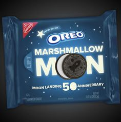 Nabisco is reportedly creating a Marshmallow Moon Oreo cookie to celebrate the anniversary of the moon landing. The packaging will glow in the dark and the cookie will have a purple filling. Moon Cookies, Oreo Cookies, Apollo 11 Mission, Limited Edition Packaging, Marshmallow Creme, Chocolate Wafers, Moon Landing, First Humans, Moon Design