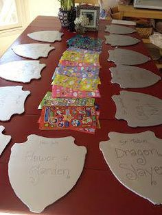Decorating shields and other knight party ideas. [Ethan's birthday party] - Decorating shields and other knight party ideas. [Ethan's birthday party] The Effective Pictu - Zelda Birthday, Dragon Birthday Parties, Dragon Party, Prince Birthday Party, 5th Birthday, Birthday Crowns, Birthday Ideas, Prince Party Favors, Birthday Decorations