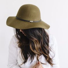 Description: As the leading style in wool felt hats, wide brim floppy hats fit the bill for any occasion. The Annabella is a great mix of stiff wool and floppy wool felt. The Annabella is available in