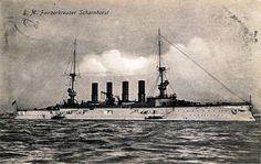 Durante la Primera Guerra Mundial, en 1914, la formación naval mas lejana del imperio alemán es la del este asiático, en Tsing-Tao, mandada por el almirante alemán von Spee: los dos acorazados Scharnhorst y Gneisenau y los crucero ligeros Emdem, Nümberg, Dresden y Leipzig.