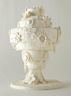 Inspired by an art-deco chandelier #weddings #weddingcake
