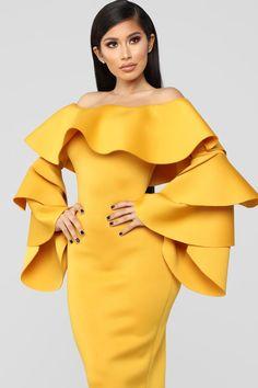 cec0c4334b3 1384 meilleures images du tableau Dress   Combi en 2019