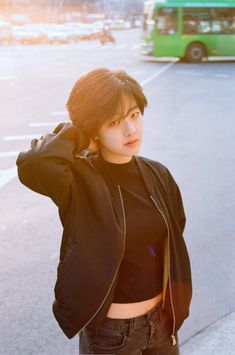 Image in Lee Joo Young collection by Witch of Ocean Asian Short Hair, Girl Short Hair, Short Girls, Short Hair Cuts, Short Hair Tomboy, Korean Actresses, Korean Actors, Korean Girl, Asian Girl