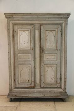 A wonderful early 19th Century French armoire in original paint