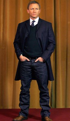 Daniel Craig looking great