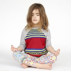Why to make kids chant OM Mantra? Know the benefits #parenting #GoMama247