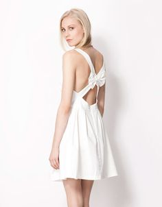 Bershka Czech Republic - Bershka cross-back dress