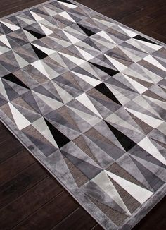 Known for its intricate and beautiful craftsmanship, Jaipur applies its mastery to this monochrome geometric chenille rug, a dose of modern-art style to elevate any space. Modern Art Styles, Where To Buy Carpet, Jaipur Rugs, Rugs Online, Rugs In Living Room, Woven Rug, Carpet Runner, Area Rugs, Contemporary