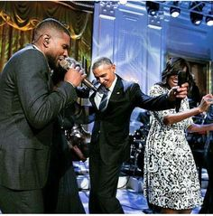 Partying  at the  white house