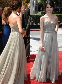 I love this style!! It would be really pretty if it were like a nude color