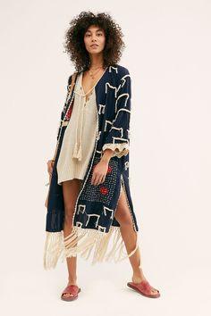 Bohemian Kimono, Bohemian Style, Boho Chic, Bohemian Fashion, Look Festival, Fringe Kimono, Crochet Fringe, Mode Inspiration, Kimono Fashion