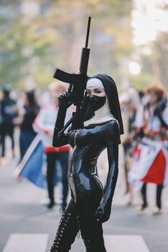 Post with 2352 views. Saints Cosplay from Hitman Absolution by saiwsaiwsaiw Latex Cosplay, Female Character Design, Character Aesthetic, Cosplay Outfits, Cosplay Girls, Hot Nun, Danger Girl, Heavy Rubber, Black Rubber