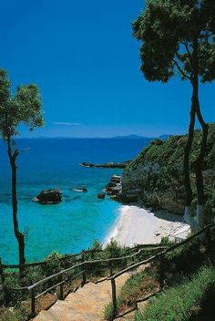 (notitle) – This is Paradise…this is Greece! The Places Youll Go, Places To See, Pays Europe, Porches, Wonderful Places, Beautiful Places, Zakynthos, Portugal, Greece Islands