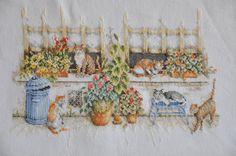 Point de croix fini / dûment rempli  chats assis à par GerdasCorner, $35.00