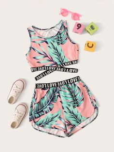 Girls Letter Cross Wrap Tape Tropical Top & Shorts Set - Source by sofiajori - Teenage Girl Outfits, Crop Top Outfits, Kids Outfits Girls, Sporty Outfits, Cute Outfits For Kids, Swag Outfits, Cute Summer Outfits, Stylish Outfits, Work Outfits