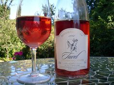 Tavel rose - Avignon - the perfect choice for a summer's day at Sept Tours
