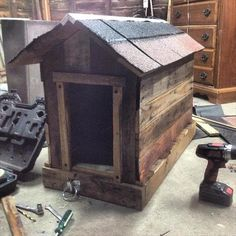 DIY Pallet Dog House - 6 Inspiring and Stunning Pallet Furniture Ideas | 99 #Pallets