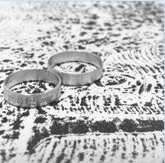 """Alianças Marry Me - Ouro 18k. Mama Coca Sob Medida. """"Marry Me"""" Wedding Rings - 18k Gold. Mama Coca Custom-made."""