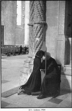 Henri Cartier - Bresson  **intimacy**