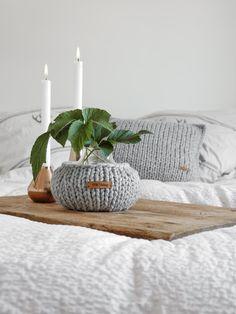 DIY   große Maschen - gestrickter Vasenüberzug