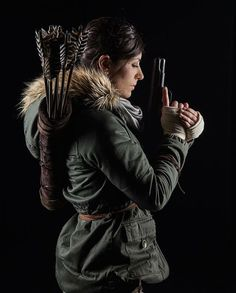 Functional quiver based on concept art and trailer for the 2015 Rise Of The Tomb Raider. The design is likely to change as more images and footage is