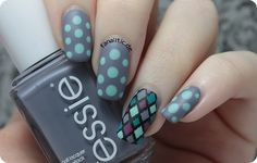 Fanailtic - Nail (polish) fanatic - Something About nail polish: reverse stamping & Spring dots with essie flower ista LE