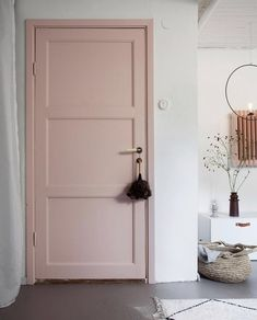 Green and Pink Accents in a Beautiful Swedish Family Home (my scandinavian home) - Home Dekor Pink Paint Colors, Bedroom Paint Colors, Pastel Bedroom, Pink Bedrooms, Pink Accents, Pink Accent Walls, Painted Doors, Painted Bedroom Doors, Painted Interior Doors