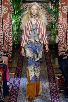 The Lady With The Little Dogs And The Cat: Roberto Cavalli, Milan Fashion Week - Spring 2017