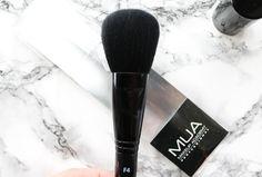 MUA F4 Powder Brush review