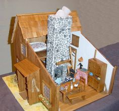 Little house doll house Cabin Dollhouse, Dollhouse Miniatures, Dollhouse Interiors, Dollhouse Ideas, Pioneer School, Charles Town, Laura Ingalls Wilder, Little Houses, Mini Houses