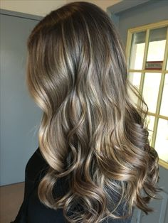 Brown balayage for September Brown Hair With Blonde Highlights, Blonde Hair Looks, Brown Hair Balayage, Ombre Hair, Light Brown Hair, Light Hair, Honey Hair, Gorgeous Hair, Pretty Hairstyles