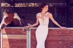 Sunteti mirese romantice dar in acelasi timp vreti sa fiti foarte senzuale in ziua nuntii? Noile tendinte de rochii de mireasa propuse pentru anul viitor va ofera posibilitatea sa transformati fiecare dorinta intr-o splendida realitate, cum? Imbracand uimitoarele rochii de mireasa cu efect de tatuaj, pentru un look incredibil, unic in ziua cea mare. Design … Formal Dresses, Wedding Dresses, Blog, Fit, Design, Fashion, Tattoo, Dresses For Formal, Bride Dresses