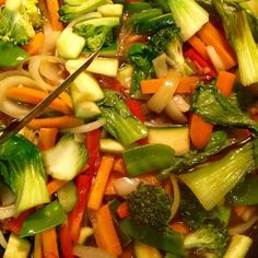 Delicious healthy dinner #healthyfood #fresh #vegetables #dinner #stirfry #foodie #healthy #instafood #foodpic #homechef #homemade #yummy #foodytools