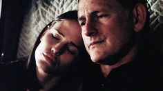 "this is adorable.<3 Sydney with her father.  It's nice how their relationship develops and changes over time from the 1st season to the 5th.  From cold to warm.  Scene from season 3 episode ""Breaking Point"""
