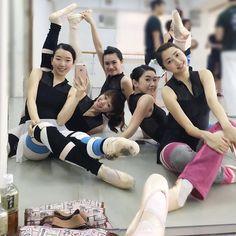 Wear Moi Girls! #wearmoi #leotards #dancers #warmup #ballet