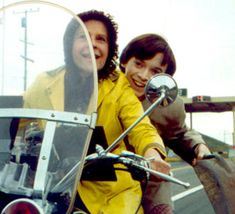 always wanted this yellow coat! Harold and Maude (1971)