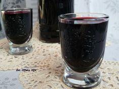 Nalewka z czarnej porzeczki Alcoholic Drinks, Beverages, Irish Cream, Red Wine, Shot Glass, Tableware, Food, Dinnerware, Tablewares
