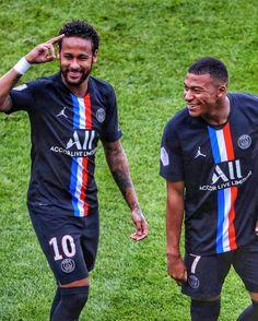 Neymar Brazil, Neymar Jr, Psg, Ronaldo, Kawaii Anime, Football Stuff, Paris Saint, Album, Games
