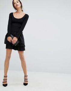 Imagen 4 de Vestido a media pierna de canalé con cordón de French Connection